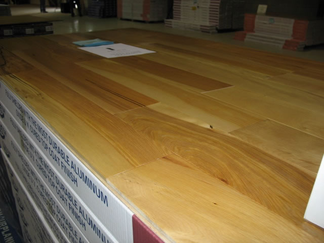 Laminate flooring laminate flooring guelph ontario for Laminate flooring waterloo